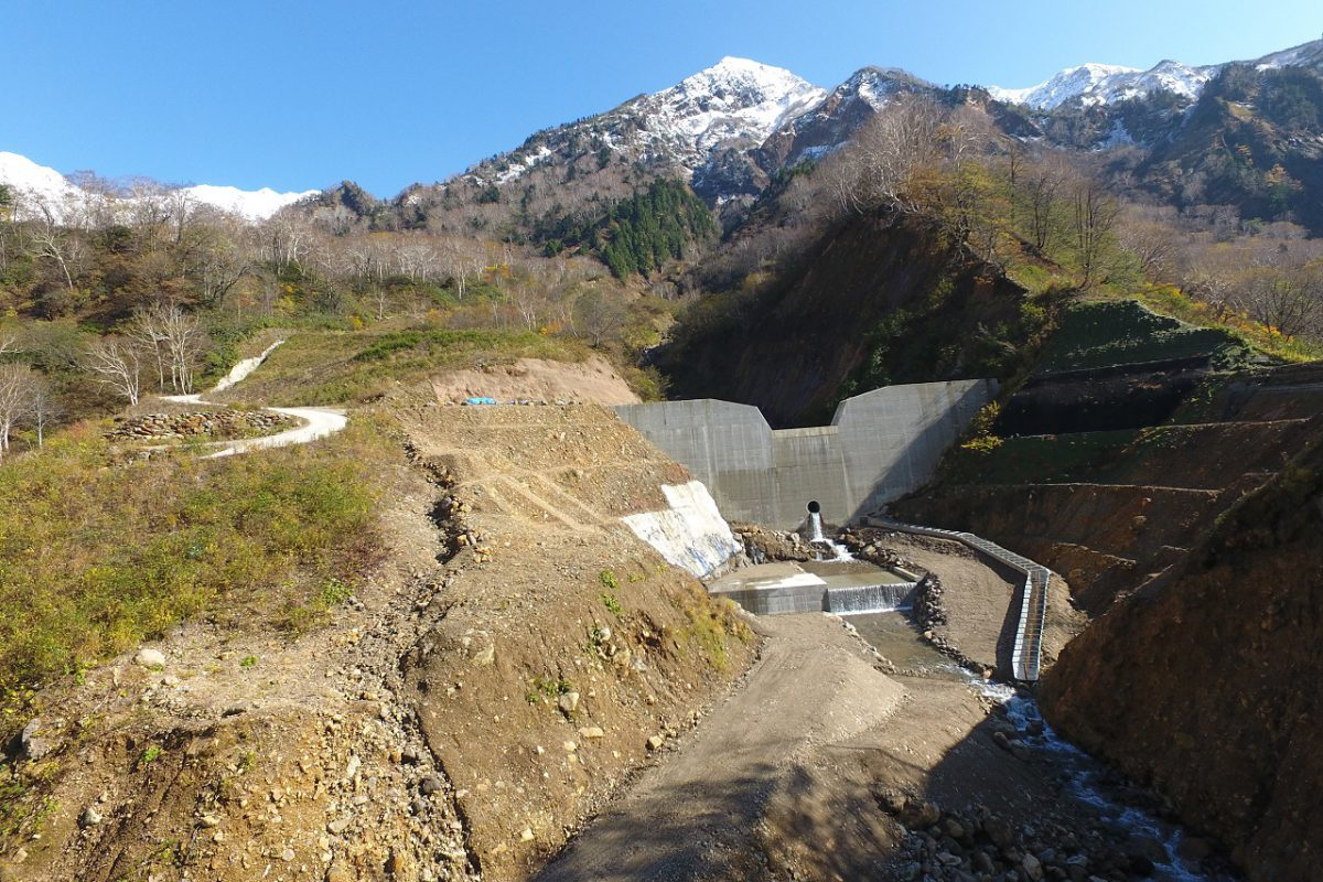 H30滝谷第1号砂防堰堤及び工事用道路工事写真