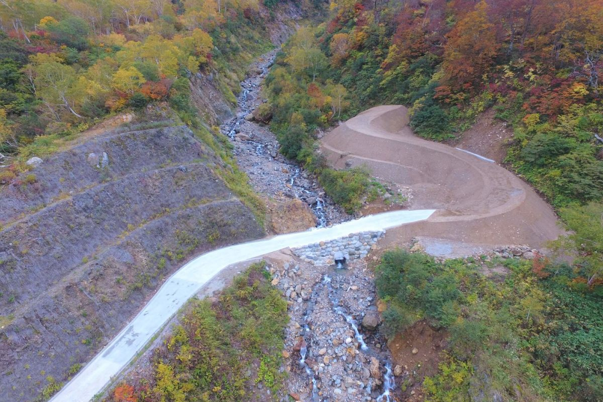 R1 滝谷第1号砂防堰堤及び工事用道路工事写真