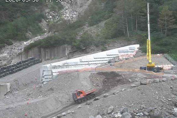 コンクリート堰堤工の施工完了
